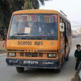 Schulbus in Sauraha